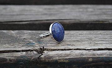 Prstene - Lapis lazuli strieborný prsteň - 10651353_