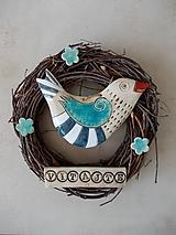 Dekorácie - Veniec s keramickým vtáčikom- modrý - 10654102_