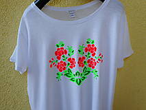Tričká - red roses and green - 10654027_