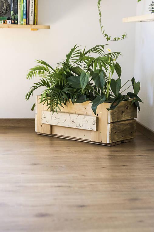Nádoby - Drevená bednička na kvety - Lúčna - 10653830_