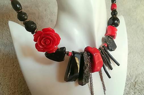 149ecfec9 Červená ruža ( náhrdelník + náušnice) / FOX.stone - SAShE.sk ...