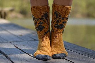 Obuv - škoricové ponožky so psíkom aj pre pánov ( v. 40 - 42 ) - 10653220_