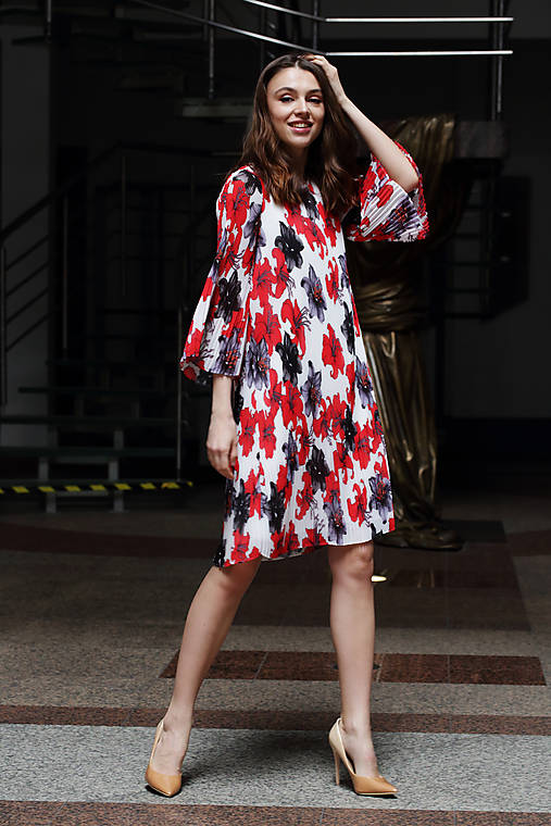Veselé plisované šaty