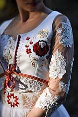 Topy - Ručne vyšívaný lajblík  - 10655964_