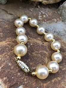 Náramky - Perlovo zlatý náramok - 10655461_