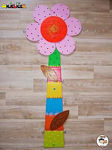 Dekorácie - Dekorácia na zavesenie - kvietok - 10657301_