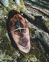 Hodiny - Split - Orechové drevené hodiny - 10657181_