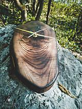 Hodiny - Split - Orechové drevené hodiny - 10657225_