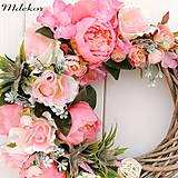 Dekorácie - Romantický ružový veniec - 10659577_