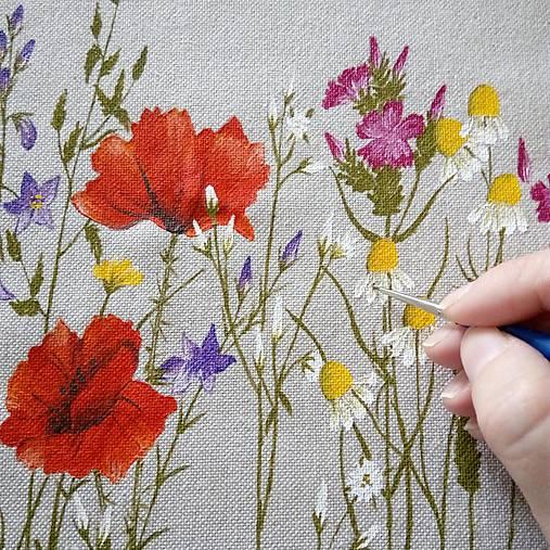 Maľovanie na zaslané šaty pre Mariannu