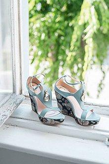 Obuv - Kožené modré sandále na platforme - 10659329_