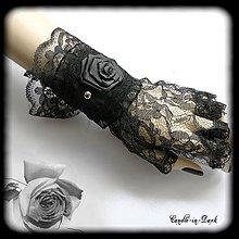 Náramky - Saténový gotický náramok s ružou - 10659971_