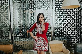 Šaty - fialové vyšívané šaty Poľana - 10663974_