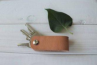 Kľúčenky - Dámska kožená kľúčenka - Beige - 10663030_