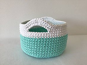 Košíky - Háčkovaný košík mentolový s bielym okrajom - 10661815_