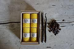 - darčekové balenie sviečok z včelieho vosku- VANILKA+KÁVA - 10664898_