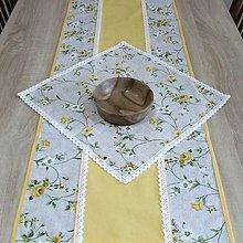 Úžitkový textil - IVETA žlté ťahavé ruže(2) - obrus štvorec 40x40 - 10664641_