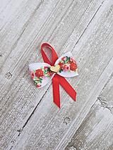 Pierka - svadobné pierko pre hostí s ružičkovou mašľou - 10669590_