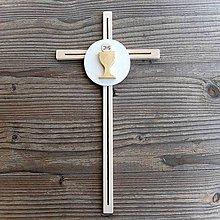 Dekorácie - Drevený Krížik k Svätému Prijímaniu - 10668747_