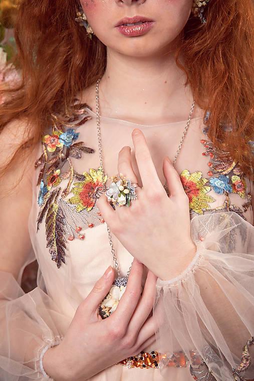 """Kvetinový prstienok """"láska v svite mesiaca"""""""