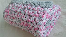 Textil - Hačkovaná detská deka - ružový melír - 10669558_