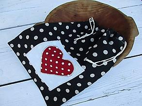 Úžitkový textil - čierna bodka-vrecko - 10670518_