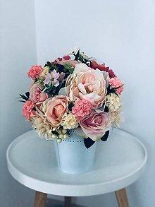 Dekorácie - Kvetinova dekoracia - 10670597_