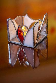 Dekorácie - Tiffany svietnik v bielom - 10670542_