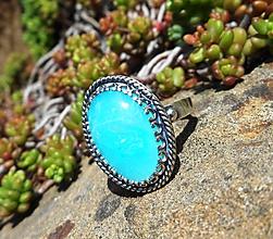Prstene - Strieborný Prsteň s Modrým Opálom z Peru - 10673165_