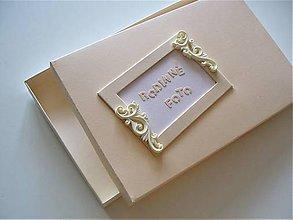Krabičky - rodinné fotenie - 10672999_