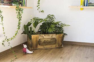 Nádoby - Drevená bednička na kvety - Láskavé drevo - 10671285_