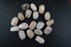 Minerály - Opál ružový 18x14 - 10672423_