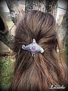 Ozdoby do vlasov - ♥ Ochranný vlasový amulet s krištálom a ametystom ♥ - 10675747_
