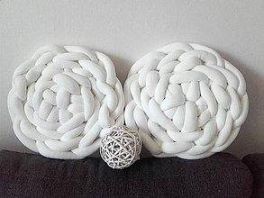 Úžitkový textil - KNOT vankúšik - 10674606_