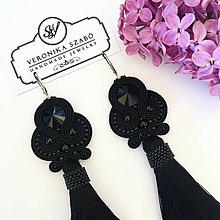 Náušnice - Ručne šité šujtašové náušnice so Swarovski®️crystals / Soutache earrings - Swarovski (Eliza - čierna) - 10674775_