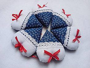 Darčeky pre svadobčanov - Levanduľové srdiečká - 10674085_