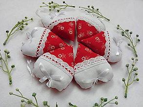 Darčeky pre svadobčanov - Svadobné srdiečká - 10674325_