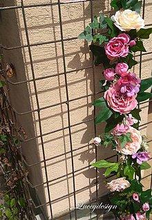 Dekorácie - kvetinová girlanda..na fotenie - 10674463_