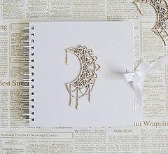 Papiernictvo - Biely album - mesiac - 10677542_