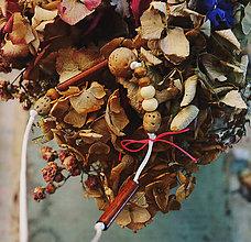 Náhrdelníky - Korálkové dievča/Prírodné - 10677209_
