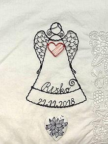 Dekorácie - anjelik s menom a dátumom (Červená) - 10679734_