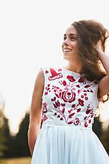 Šaty - Svadobné šaty s červenou výšivkou II. - 10678736_