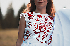 Šaty - Svadobné šaty s červenou výšivkou II. - 10678743_
