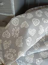 Úžitkový textil - Obrus  srdiečka - 10677817_