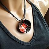 Náhrdelníky - Keramický šperk z kolekcie V KRUHU- s červeným akcentom - 10678975_
