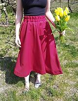 Sukne - Sukňa STRAWBERRY- nastaviteľná veľkosť pásu - 10679530_