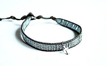 Šperky - Pánsky kožený náramok BRYXI s krížikom - 10678292_