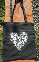 Nákupné tašky - white heart on black ekotaška - 10681773_
