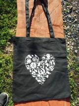 Nákupné tašky - white heart on black ekotaška - 10681775_