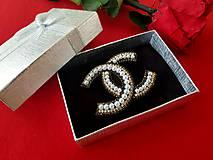 """Odznaky/Brošne - Luxusná brošňa ako od ,,Coco Chanel """" - 10682753_"""